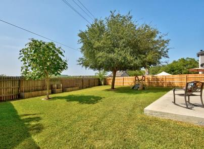 Closed | 940 Whispering Hollow Drive Kyle, TX 78640 26