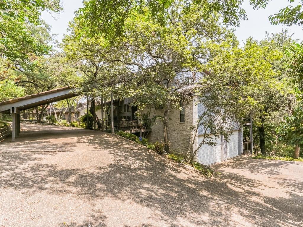 Closed | 7520 Stonecliff Drive Austin, TX 78731 3