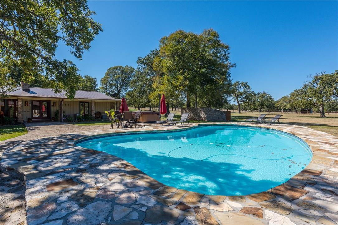 Closed | 225 Hugo Real Road Kerrville, TX 78028 22