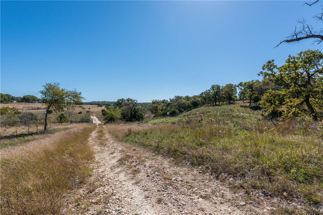 Closed | 225 Hugo Real Road Kerrville, TX 78028 36