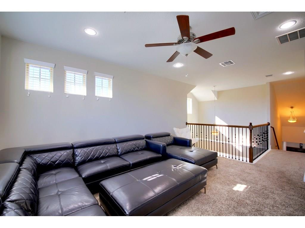 Closed   18001 Monarch Butterfly Way Pflugerville, TX 78660 31