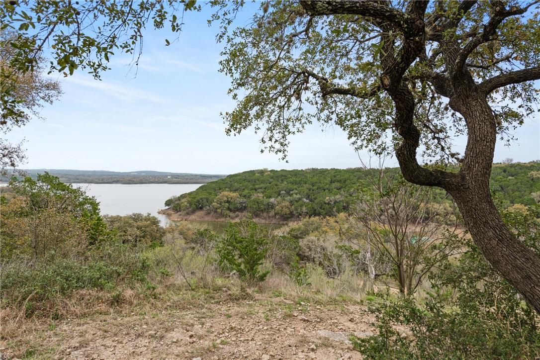 Closed | 389 Turkey Tree Road Spicewood, TX 78669 0