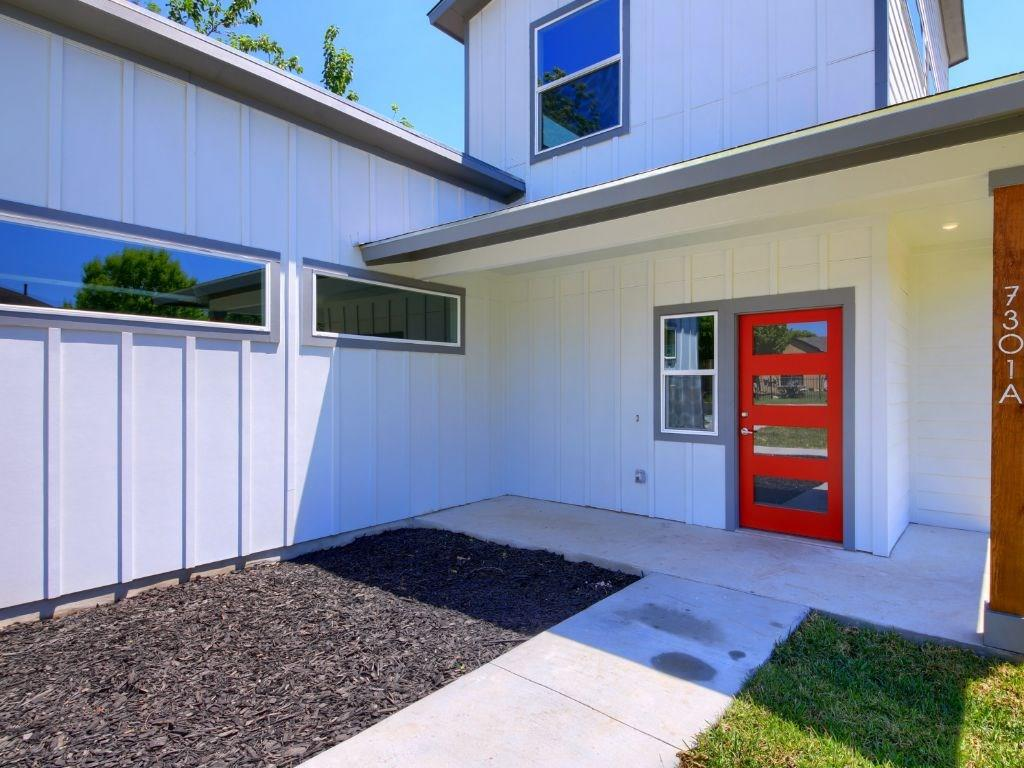 Closed | 7301 Providence Avenue #A Austin, TX 78752 3