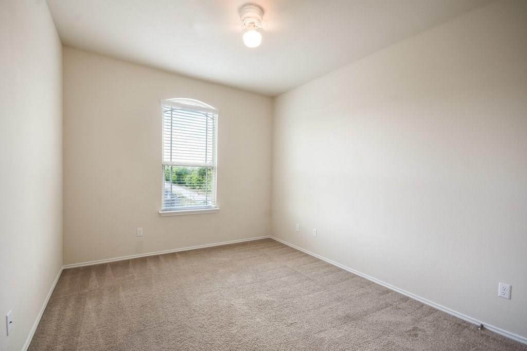 Closed   308 Chickadee Lane Leander, TX 78641 18