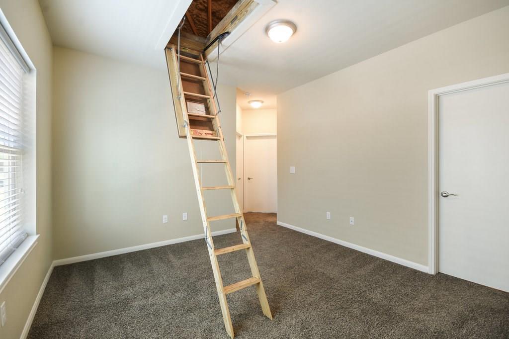 Closed | 215 Grange Street Liberty Hill, TX 78642 7