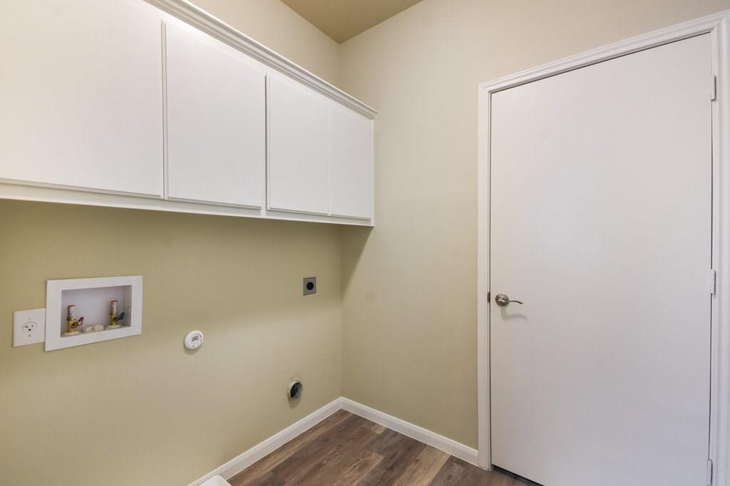 Closed | 215 Grange Street Liberty Hill, TX 78642 12