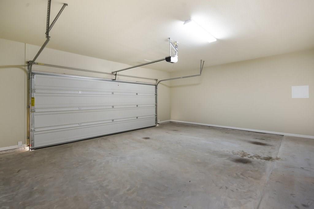 Closed | 215 Grange Street Liberty Hill, TX 78642 17