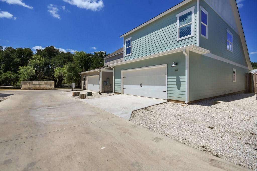 Closed | 215 Grange Street Liberty Hill, TX 78642 19