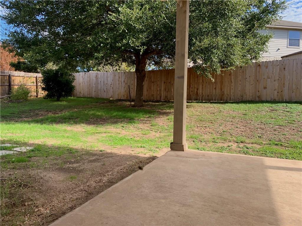 Closed | 1604 Melissa Oaks Lane Austin, TX 78744 20