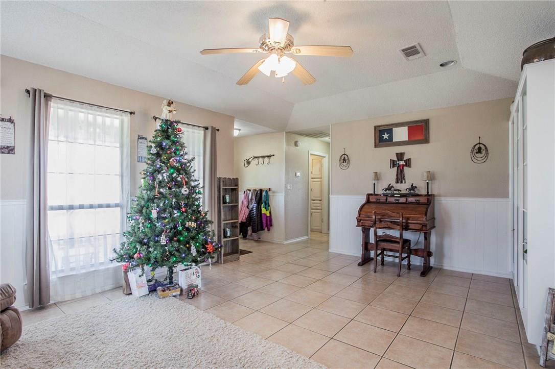 Closed | 212 Morningside Circle Hutto, TX 78634 2
