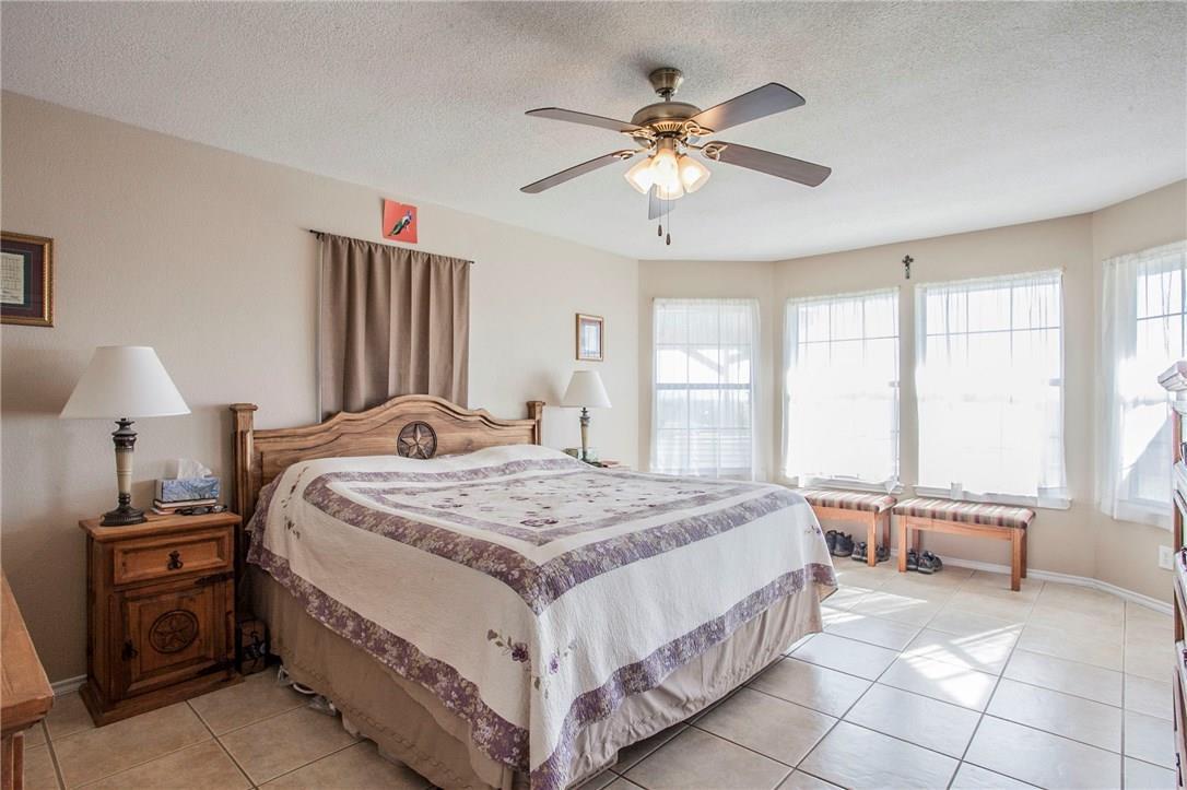 Closed | 212 Morningside Circle Hutto, TX 78634 13