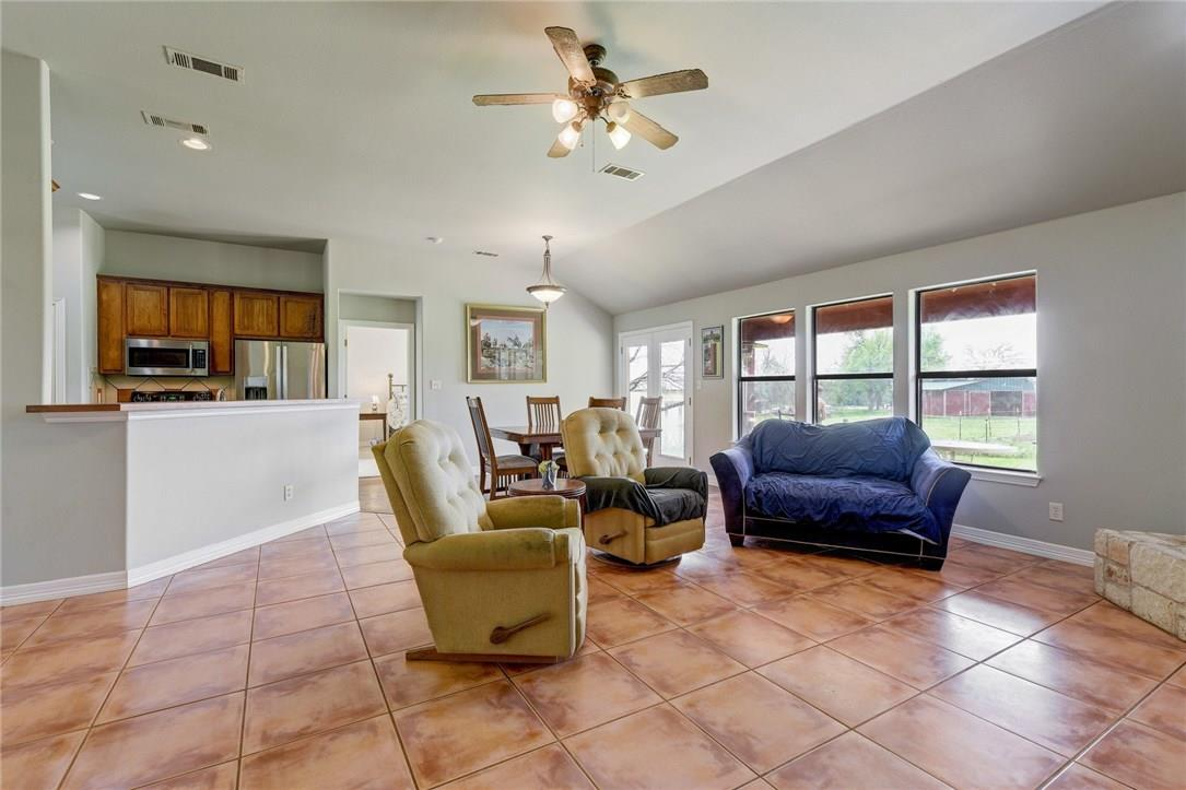 Closed | 136 Thoroughbred Trace Liberty Hill, TX 78642 4