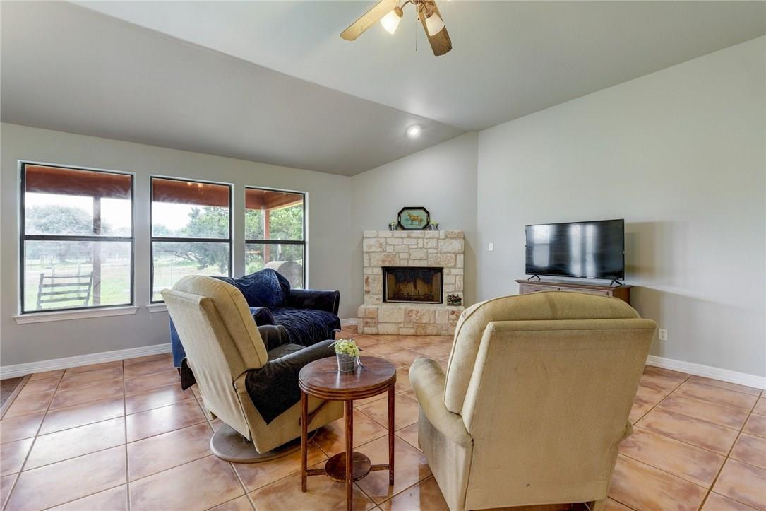 Closed | 136 Thoroughbred Trace Liberty Hill, TX 78642 10