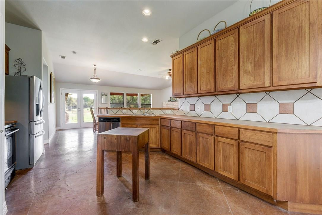 Closed | 136 Thoroughbred Trace Liberty Hill, TX 78642 13