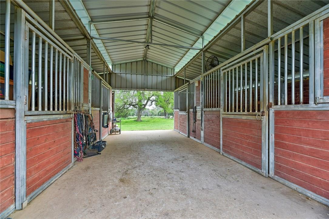 Closed | 136 Thoroughbred Trace Liberty Hill, TX 78642 22