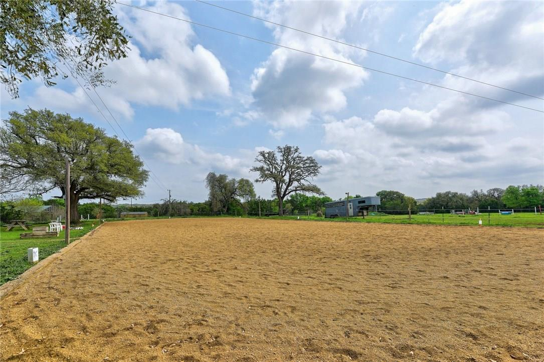 Closed | 136 Thoroughbred Trace Liberty Hill, TX 78642 24