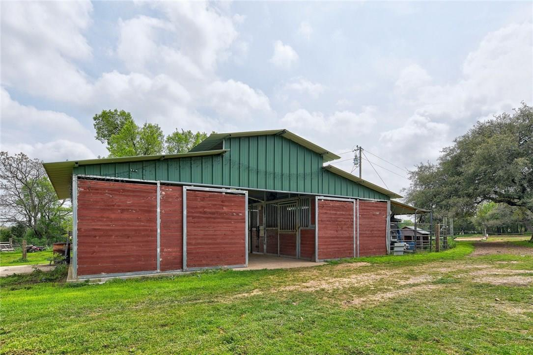 Closed | 136 Thoroughbred Trace Liberty Hill, TX 78642 26