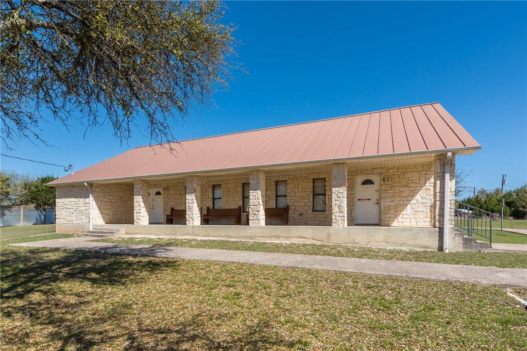 Closed   17408 Village Drive Dripping Springs, TX 78620 0