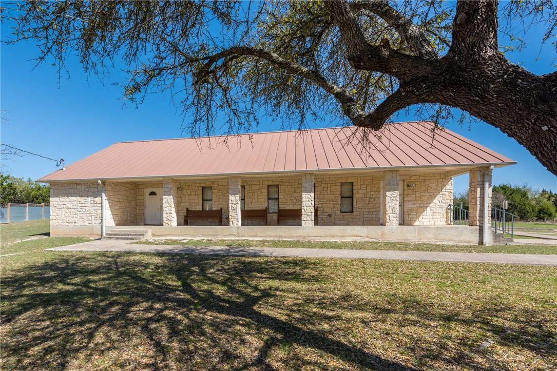 Closed   17408 Village Drive Dripping Springs, TX 78620 3