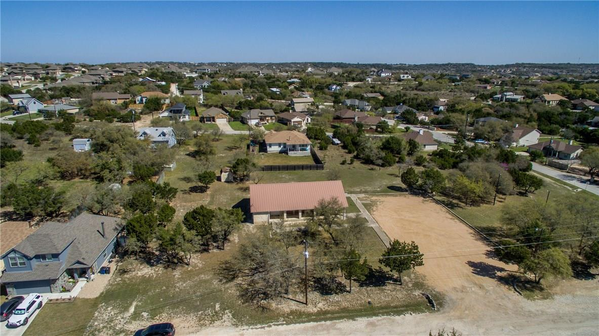 Closed   17408 Village Drive Dripping Springs, TX 78620 16