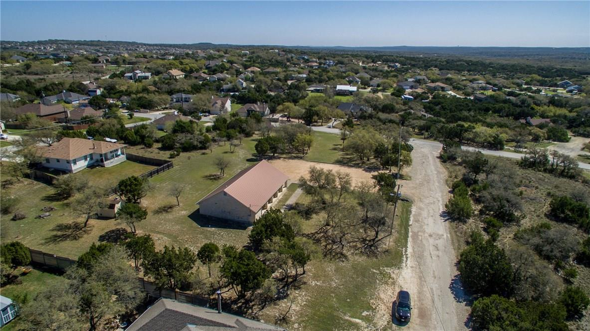Closed   17408 Village Drive Dripping Springs, TX 78620 19