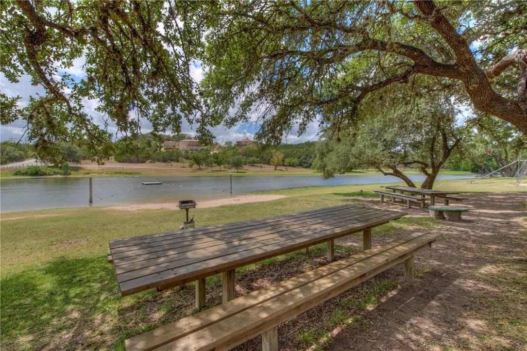 Closed   17408 Village Drive Dripping Springs, TX 78620 26