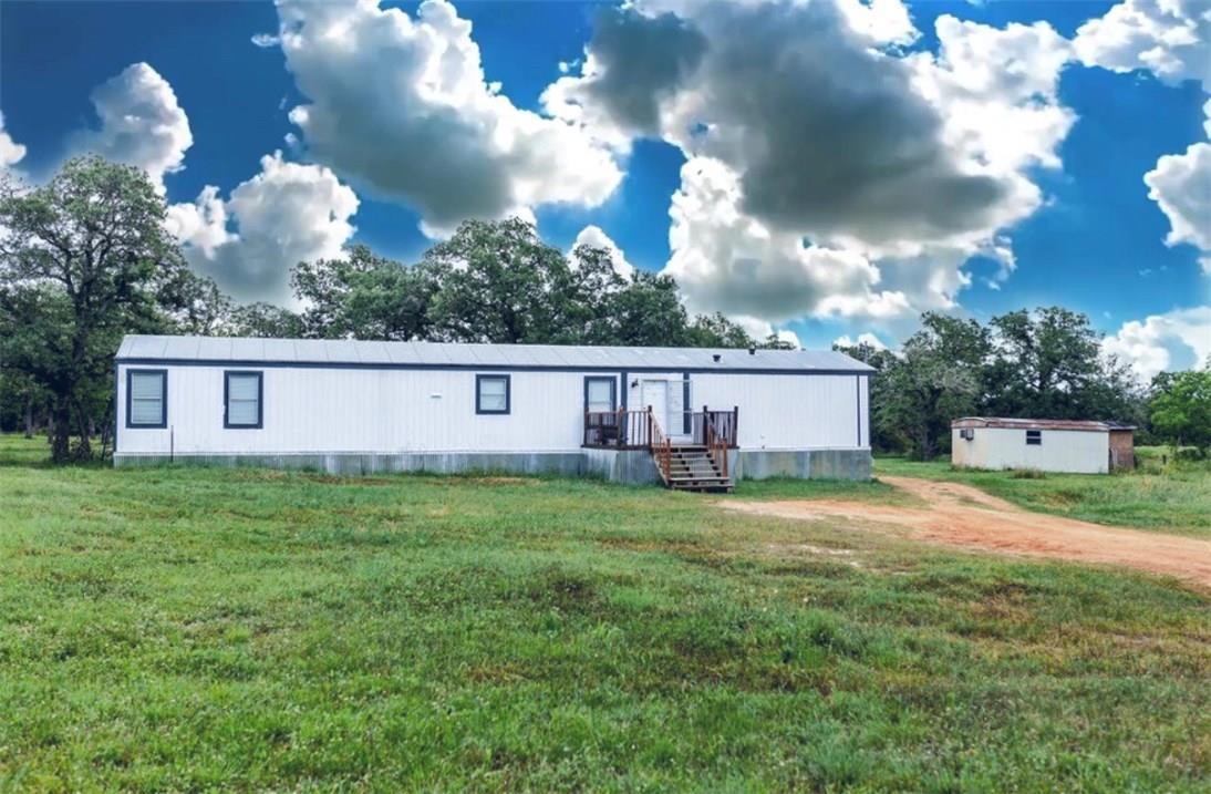 Closed   1630 Wood Haven Drive Waelder, TX 78959 6