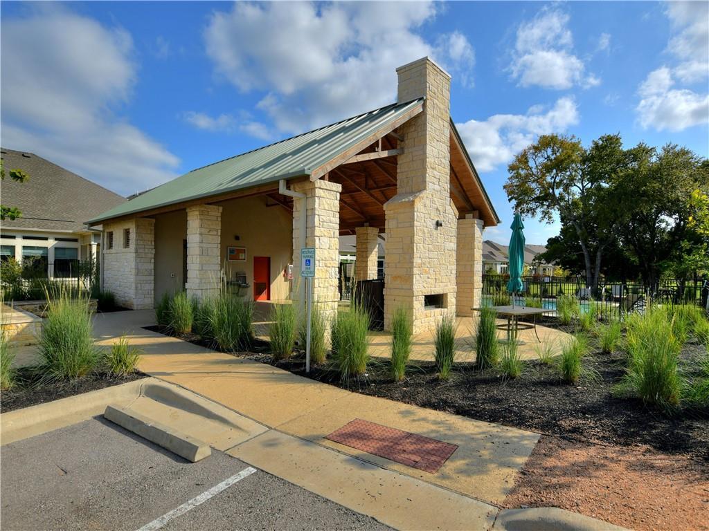 Closed   5820 Harper Park Drive #15 Austin, TX 78735 32