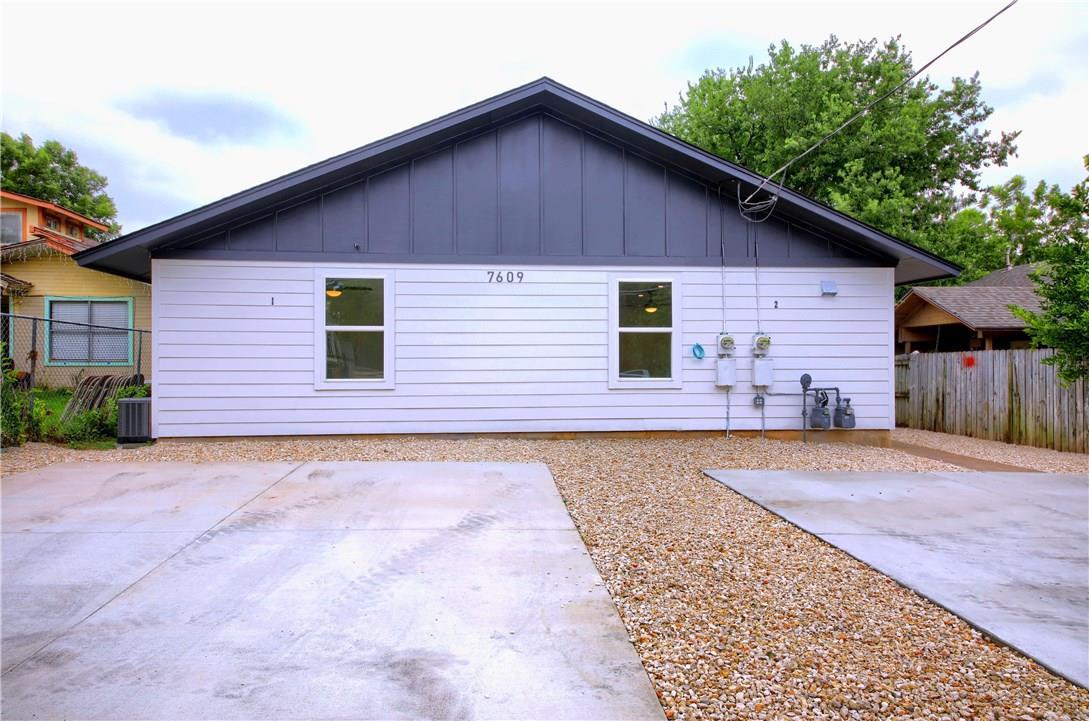 Closed | 7609 Carver Avenue #2 Austin, TX 78752 3