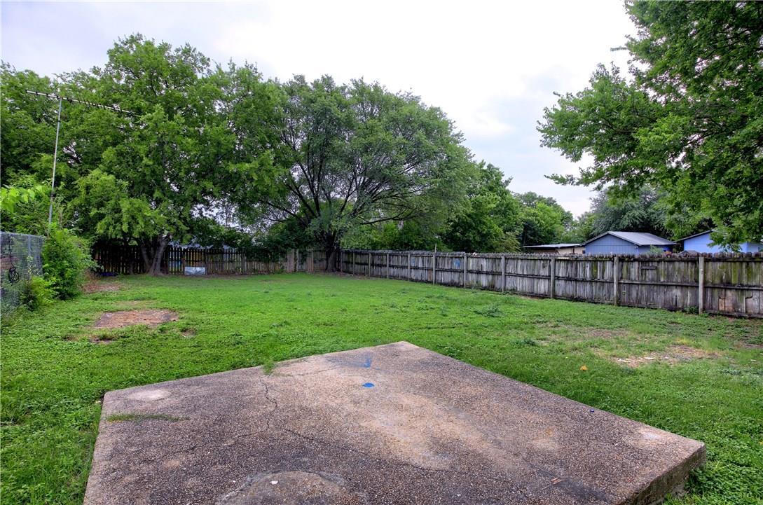 Closed | 7609 Carver Avenue #2 Austin, TX 78752 25
