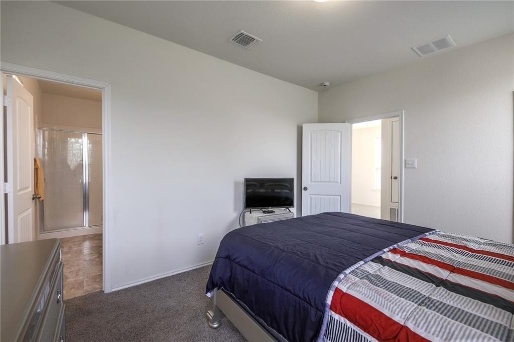 Closed   19211 Zachary Taylor Street N Manor, TX 78653 17