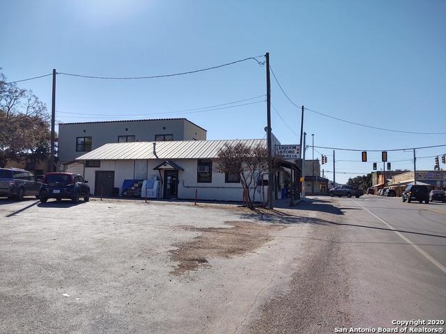 Active | 112 State Highway 16 S Bandera, TX 78003 4