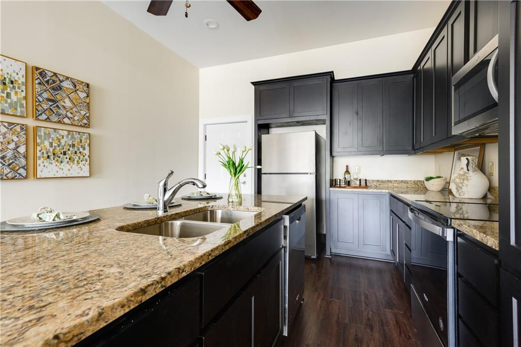 ActiveUnderContract | 609 E University Avenue #205 Georgetown, TX 78626 1