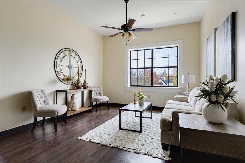 ActiveUnderContract | 609 E University Avenue #205 Georgetown, TX 78626 5