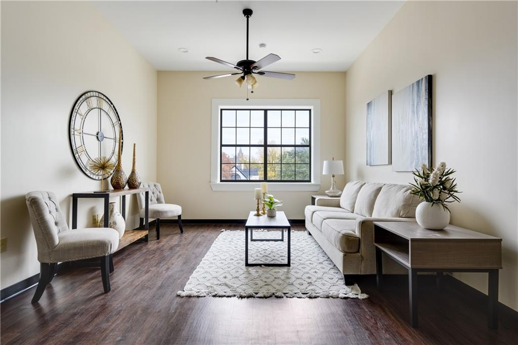 ActiveUnderContract | 609 E University Avenue #205 Georgetown, TX 78626 6