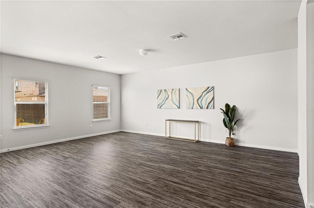 Closed | 14409 Almodine Road Manor, TX 78653 5