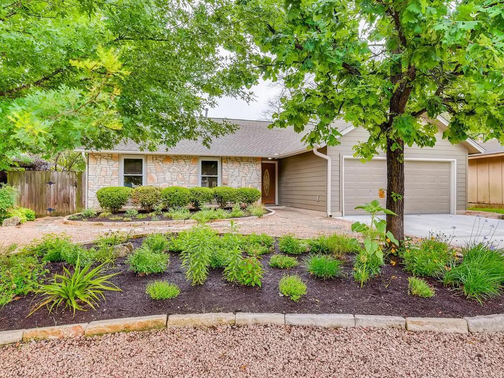 Active | 7803 Woodcroft Drive Austin, TX 78749 5