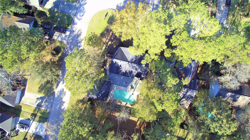 Off Market | 2 Summithill Place The Woodlands, Texas 77381 7