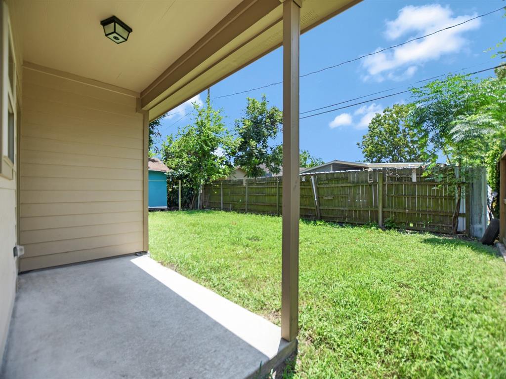 Off Market | 10430 Chadwick Street Jacinto City, Texas 77029 25