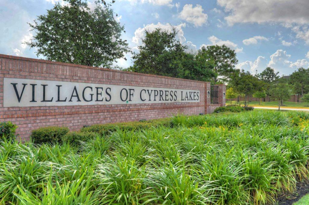 Active | 18907 Course Ridge Lane Cypress, Texas 77429 2