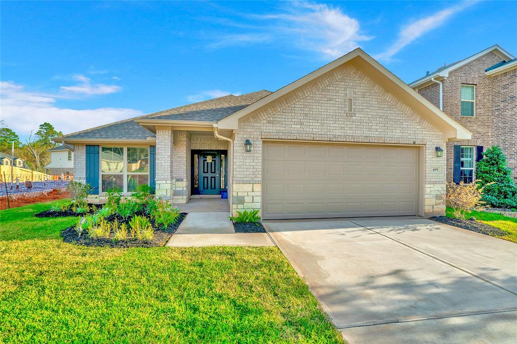 Active   495 Terra Vista Circle Montgomery, Texas 77356 1