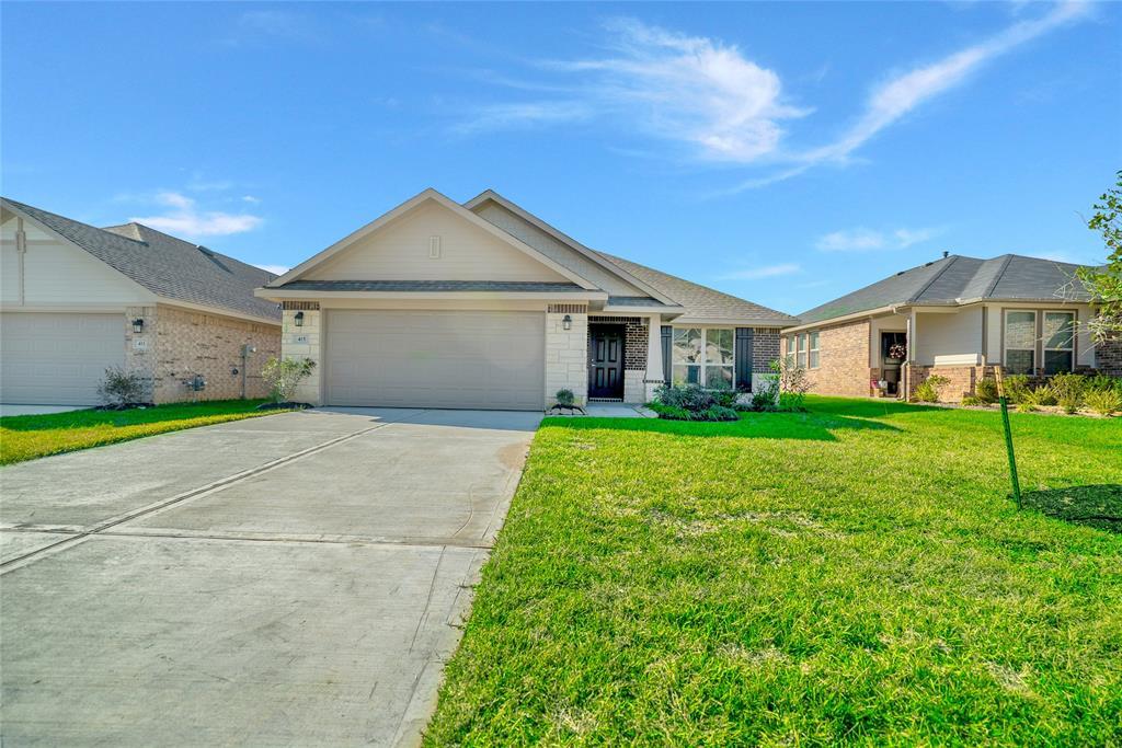 Active   415 Terra Vista Circle Montgomery, Texas 77356 1
