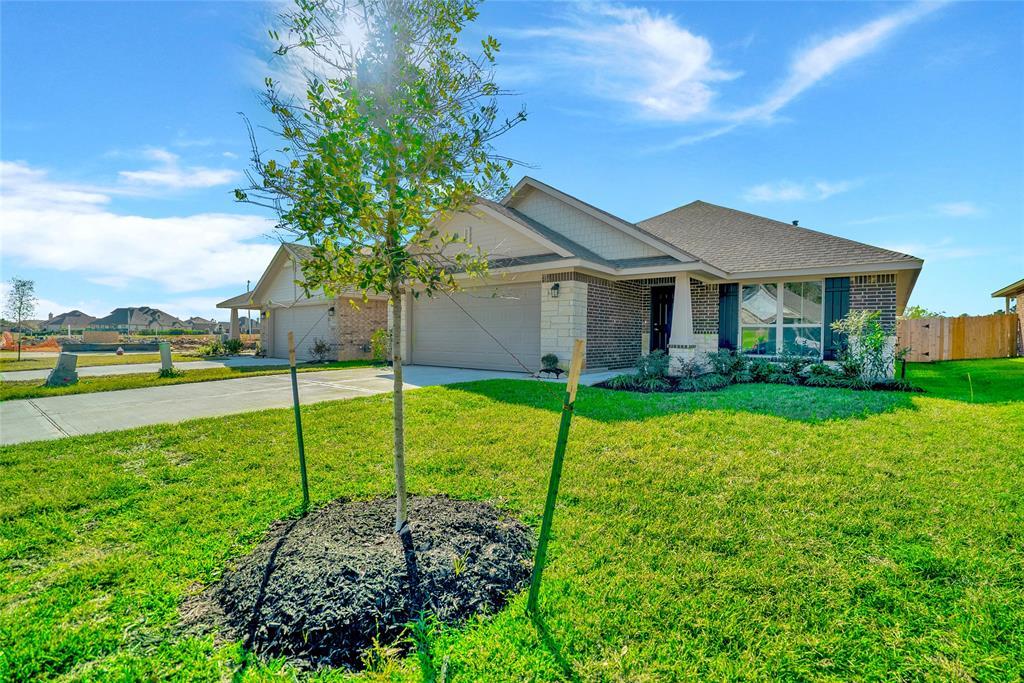 Active   415 Terra Vista Circle Montgomery, Texas 77356 2