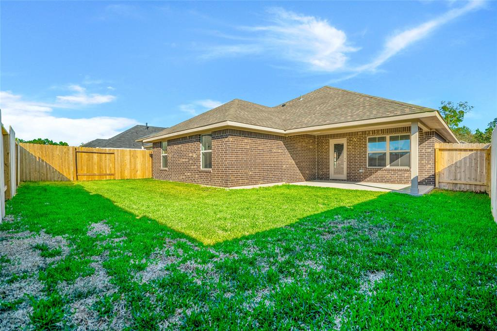 Active   415 Terra Vista Circle Montgomery, Texas 77356 32