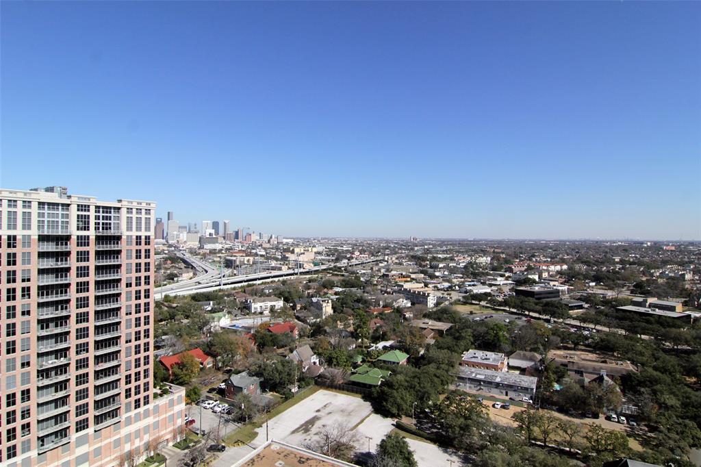 Active   5000 Montrose Boulevard #18A Houston, Texas 77006 26