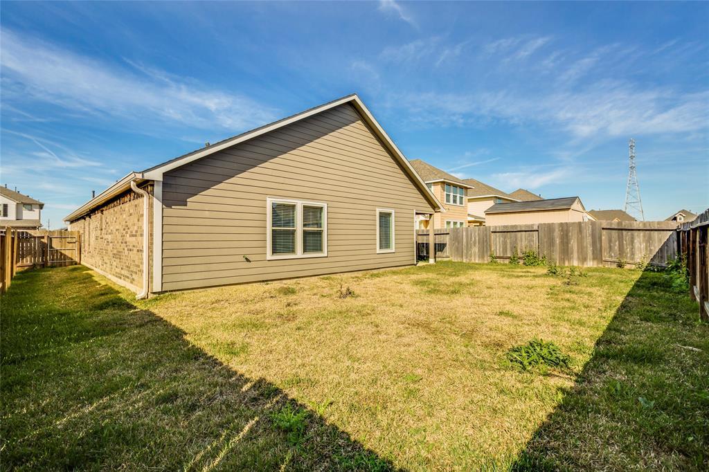 Off Market   5191 Echo Falls Drive Alvin, Texas 77511 33