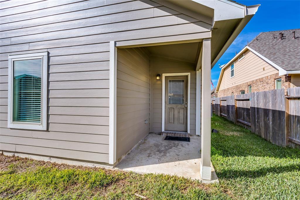 Off Market   5191 Echo Falls Drive Alvin, Texas 77511 34