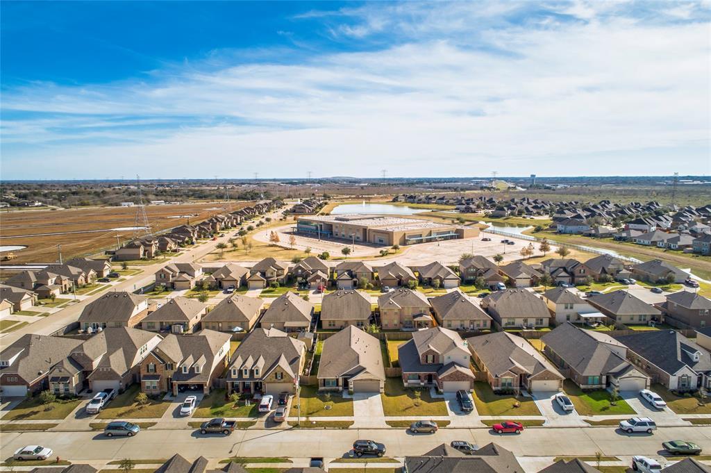 Off Market   5191 Echo Falls Drive Alvin, Texas 77511 40