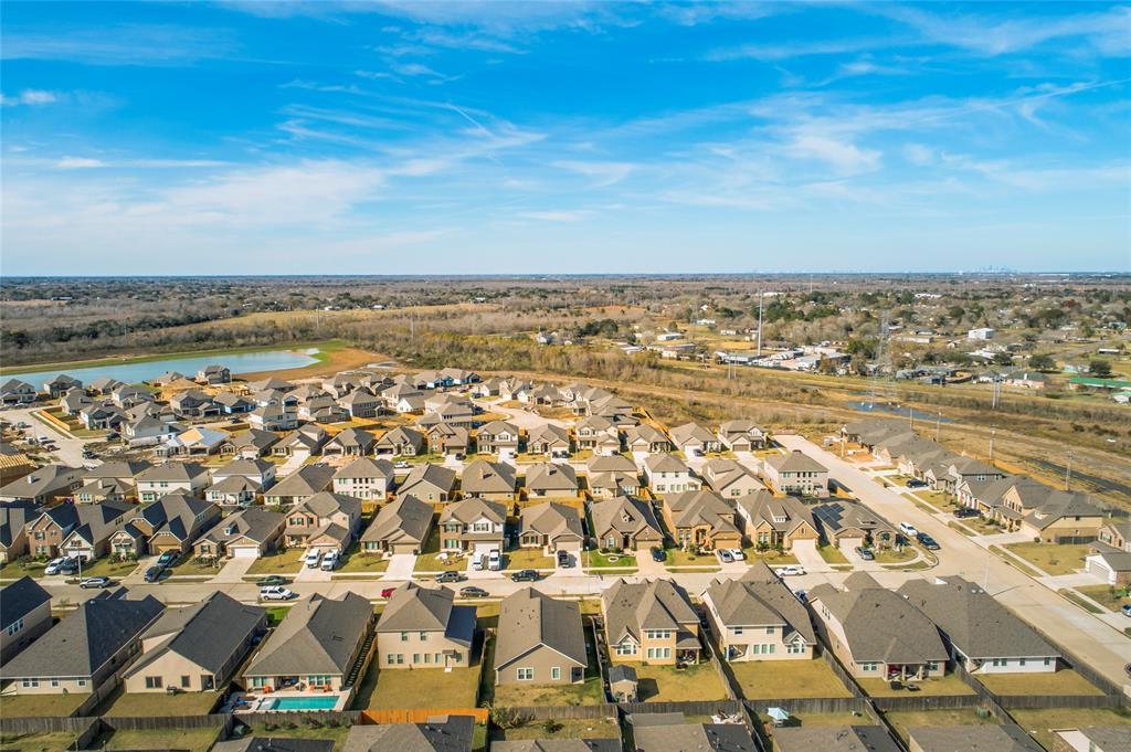 Off Market   5191 Echo Falls Drive Alvin, Texas 77511 41