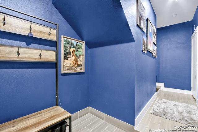 Active Option | 303 W Cypress St #301 San Antonio, TX 78212 9